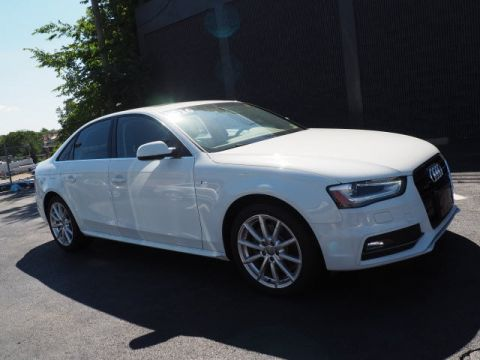 Pre-Owned 2016 Audi A4 2.0T Premium quattro 4D Sedan