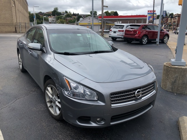Pre Owned 2009 Nissan Maxima 3.5 SV